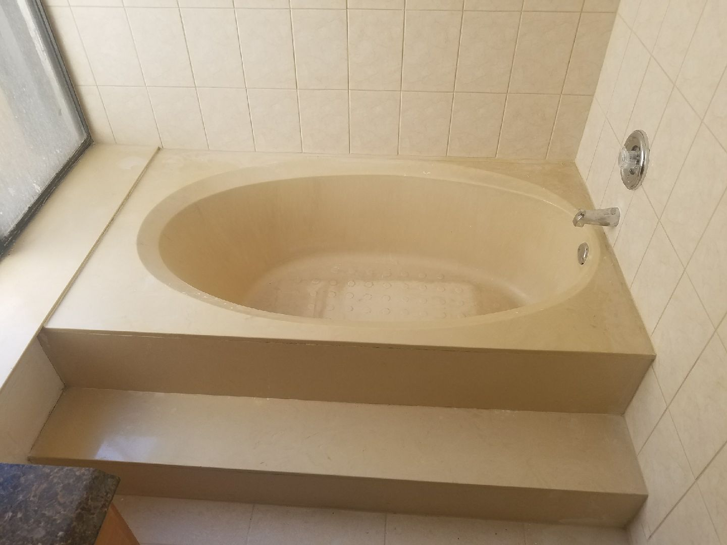 Bathtub Refinishing & Reglazing in Boynton Beach - (561) 394-6116