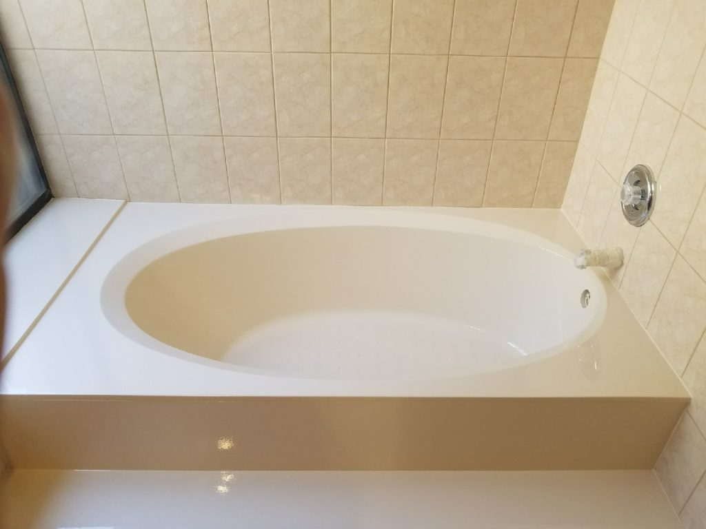 Bathtub Reglazing South Florida - (800) 995-5595