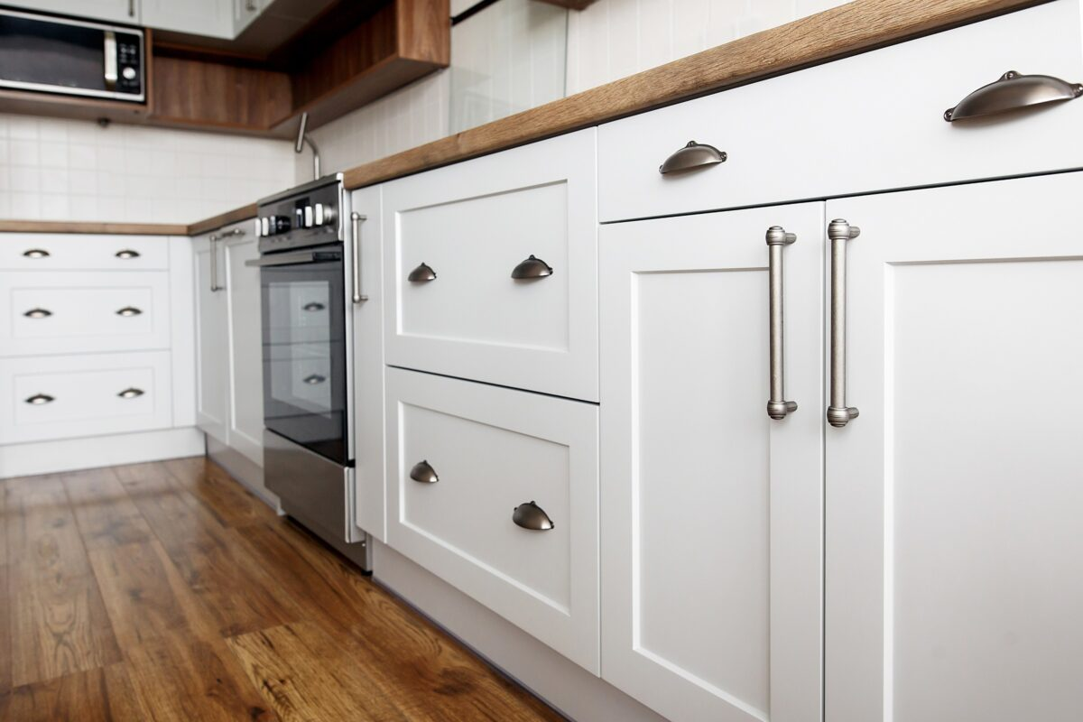 Refinishing Kitchens & Baths – Before and After